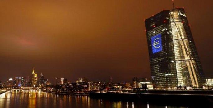 Euro Bölgesi Büyüme Rakamları, EURUSD ve GBPUSD